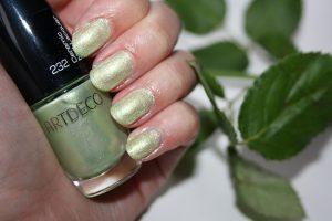 ARTDECO Miami Collection By Dagmar Valerie blog green