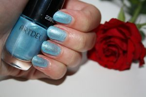 ARTDECO Miami Collection By Dagmar Valerie blog baby blue