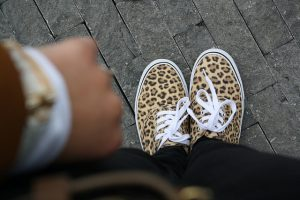OOTD Outfit Leopard print brown By Dagmar Valerie shoes guess