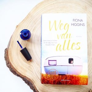 Recensie – Weg van alles door Fiona Higgins