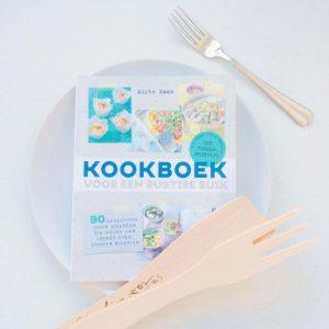 Recensie – Kookboek voor een rustige buik door Mirte Kaan