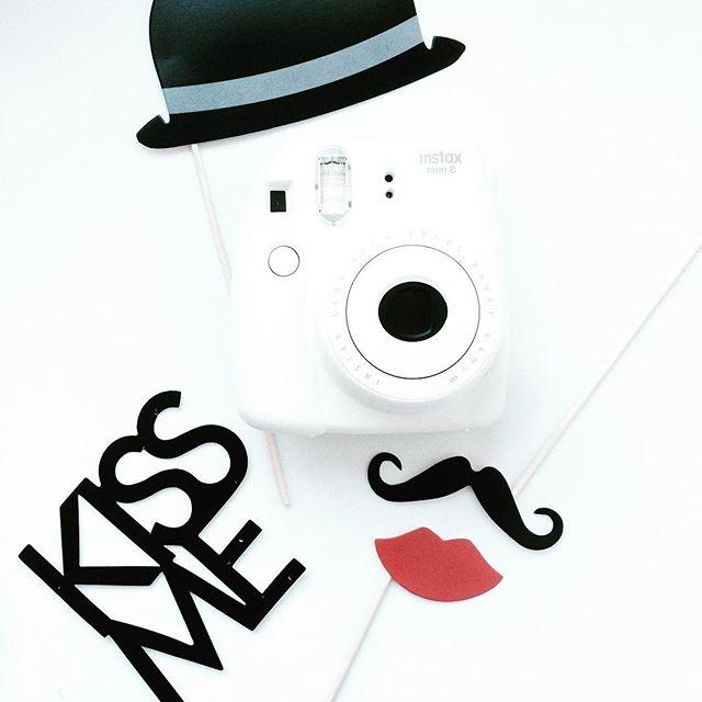 vrijgezellenfeest trouwen bruiloft polaroid camera