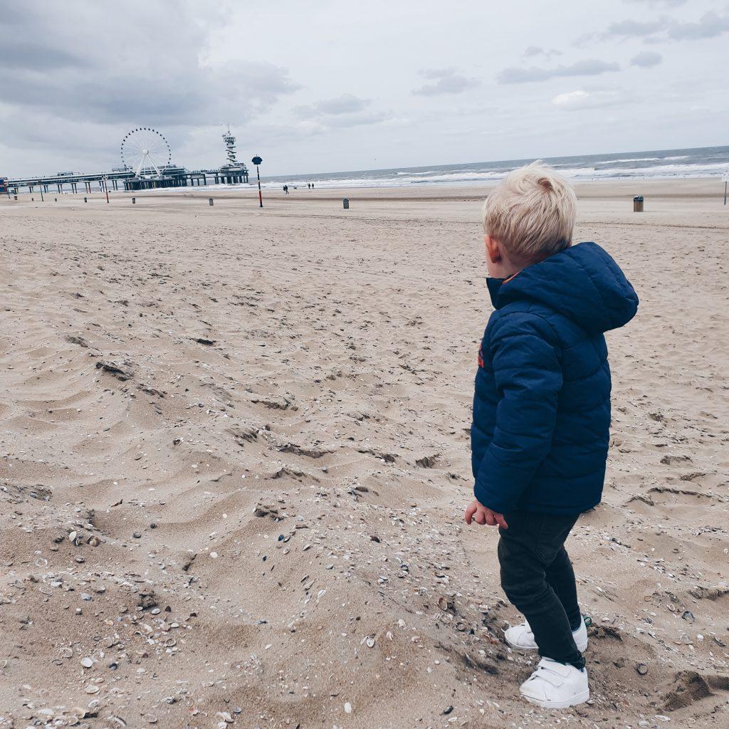 Lucas strand Scheveningen