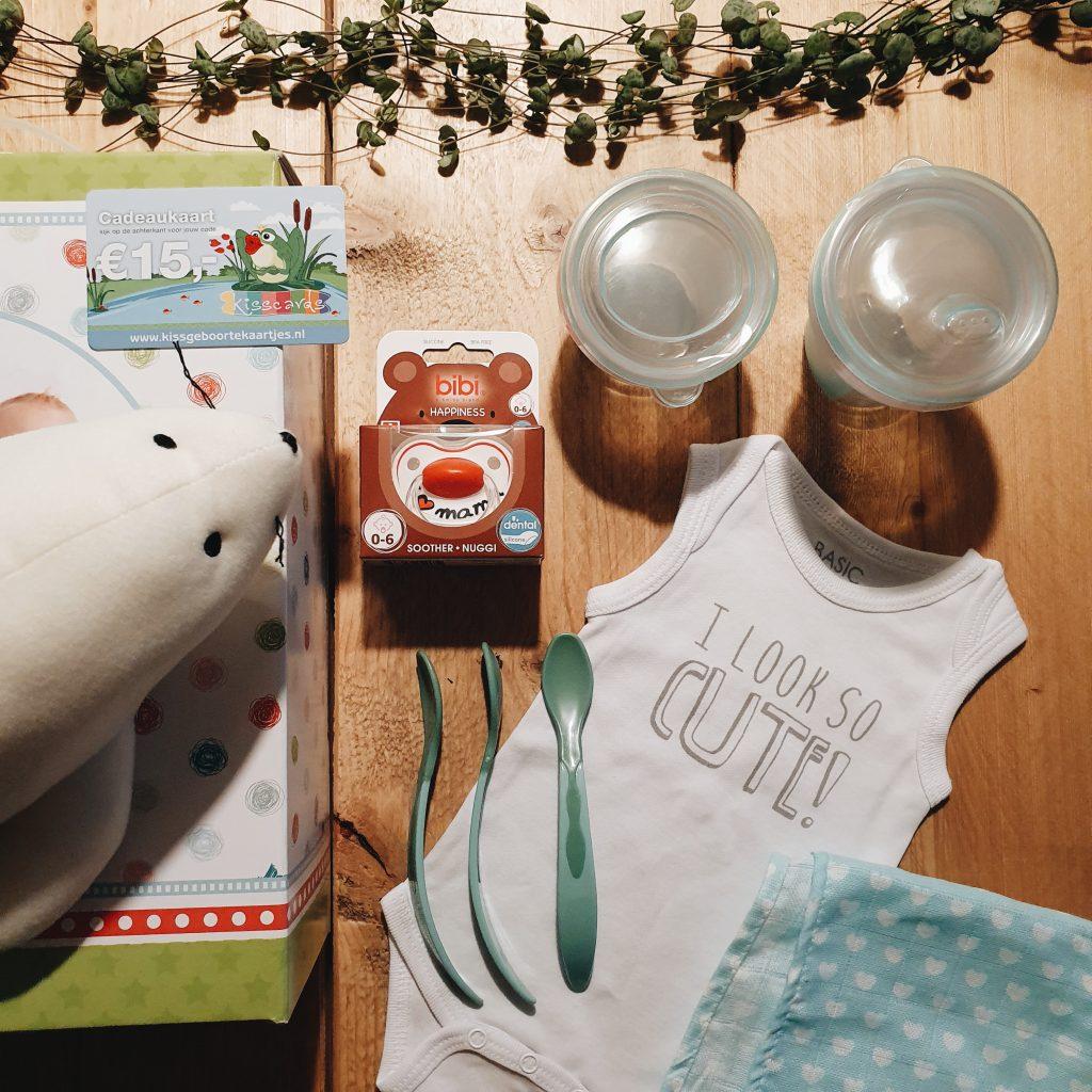 Baby-Dump zwangerschapsbox gratis cadeaupakket inhoud babyproducten